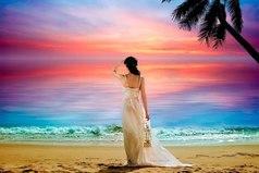 Жизнь заставляет женщину становиться сильной, когда нет возможности быть слабой…
