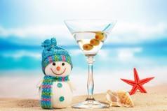 Хочу попросить у Деда Мороза - что бы он благословил мою печень на Новогоднюю ночь.