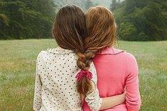 Дружба — это не 547 друзей в соцсети, а одна подруга в жизни, которую на фиг не пошлёшь, потому что с ней туда идти придётся, чтоб не волноваться.