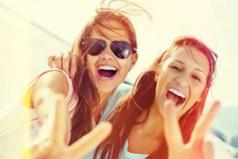 Друзей мы выбираем себе сами, но лучших друзей оставляет нам время.