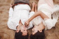 Любящая женщина — лучший ангел-хранитель мужчины.