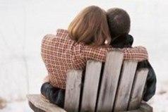 Интересно вспоминать, как ты познакомился с человеком, как его первый раз увидел и что почувствовал, что подумал о нем, было как-то безразлично на него сперва, а потом... А потом он стал смыслом твоей жизни...