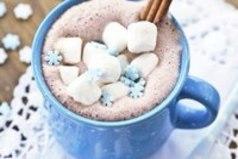 Зима - волшебное время года, пора чудес, веселья и подарков.