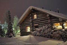 Обожаю эти ощущения, когда дома чисто, тихо, в печке горит огонь, кот сидит на подоконнике, тихо падает снег, а вечером будет баня...