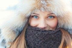 Красивые глаза, яркая улыбка, она навсегда останется для меня ошибкой...