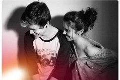 Когда ты любишь кого-то, то стоит бороться до последнего, несмотря ни на какие трудности, даже если отношения доставляют много проблем.