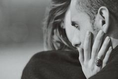 Любимый запах мужчины — запах любимой женщины.