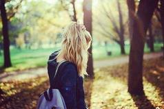 Легко осуждать меня, не зная, что творится в моем сердце.