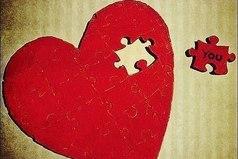 Расставаясь с дорогим человеком, прощаешься с кусочком своего сердца…Именно так, некоторые становятся бессердечными…