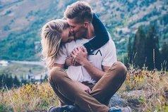 Благополучный брак - это когда есть возможность завести любовника, но не хочется.