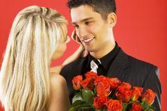 Моя жена – идеальная женщина: она родилась 8 марта, познакомилась со мной 8 марта и поженились мы тоже 8 марта!