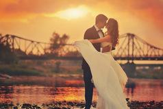 Любовь способна перевнуть жизнь человека с ног на голову.