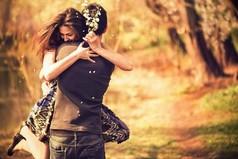 Любовь очень многолика и многогранна – любовь к мужчине, к детям, к родителям, друзьям и просто соседским ребятишкам – любое её проявление имеет право на существование.