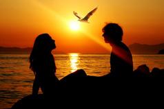 Любимого готова любить и небритого, и неодетого и вредного.