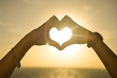 Если твой любимый хочет, что бы ты изменилась - подумай, может пора изменить любимого...?