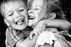 Хоть в детстве с братом все время воевали, теперь мы выросли и стали лучшими друзьями! Приятно и весело вспоминать былое!