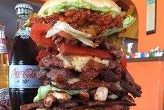 Как я готовлюсь к лету? Большой бургер и диетическую колу, пожалуйста!
