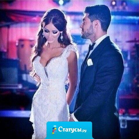 Женщина - это отражение мужчины. Если любить ее до безумства, она станет той, о которой мужчина мечтает.
