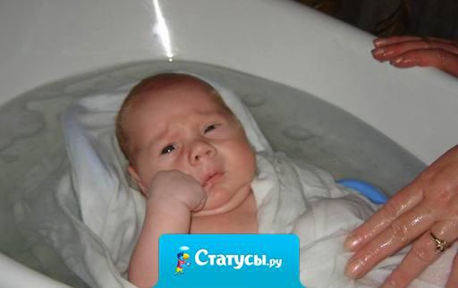 В семье не без урода, — сказали родители-алкоголики глядя на своего непьющего сына.